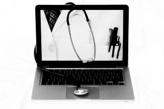 Dr.Internet_BN foto di Anna Laviosa 2016