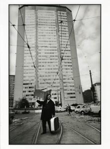 Uliano-Lucas-piazza-Duca-DAosta-Milano-1968
