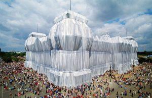 Imballaggio del Reichstag a Berlino | Christo (1995)