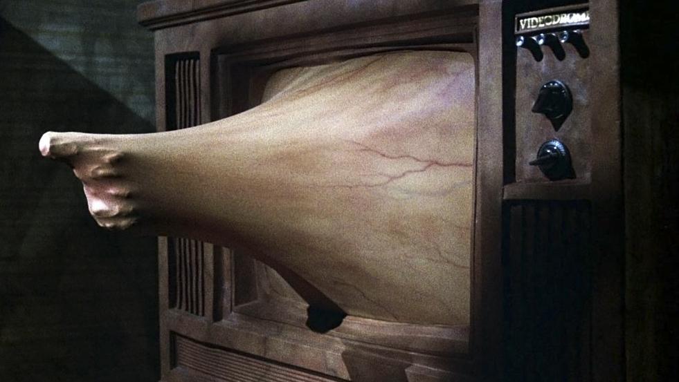 """Un fotogramma da """"Videodrome"""" di David Cronenberg, 1983."""