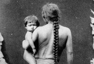 Donna del gruppo etnico amerindo Kalina con bambino | Pierre Petit, Parigi 1892
