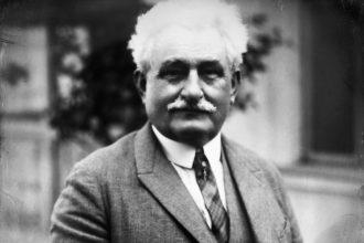 Ritratto del compositore Leoš Janáček